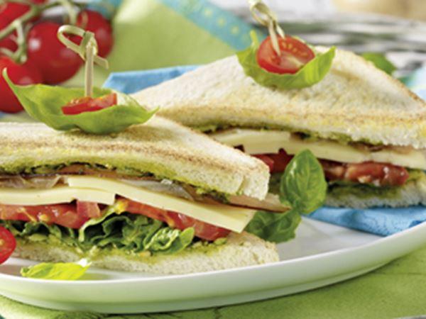 Höhlenkäse-Toast-Sandwich