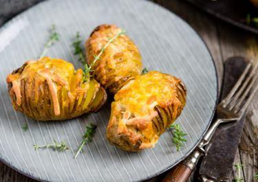 Hasselback-Potatoes mit Finello® Ofenkäse