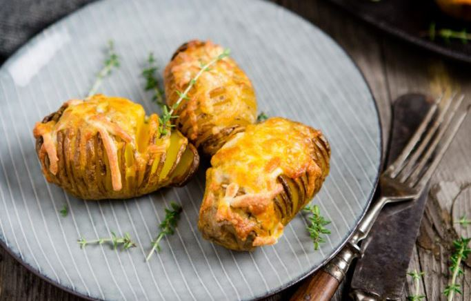 Hasselback-Potatoes mit Finello® Ofenkäse