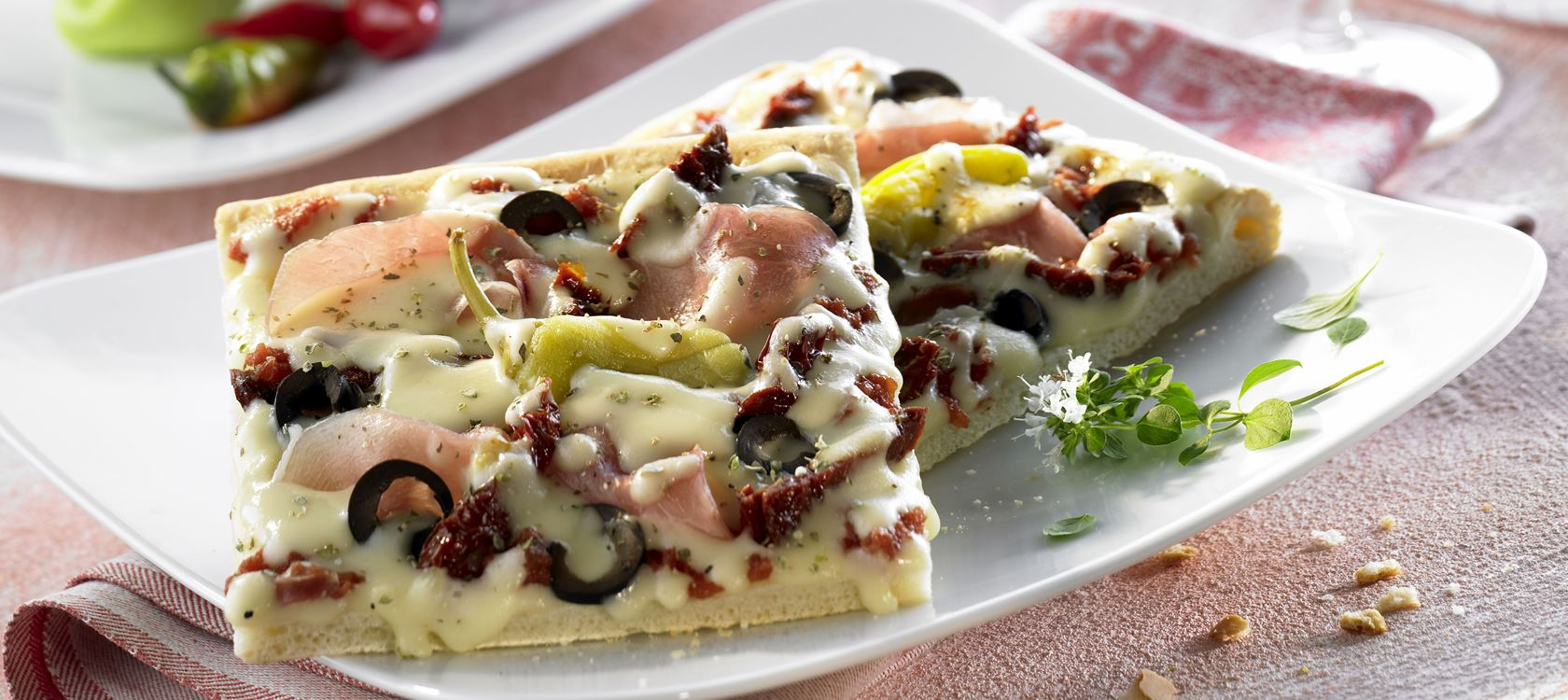 Pizza Mediterrano mit Finello® Pizzakäse