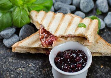 Süße Grilled Cheese Sandwiches mit Finello® Ofenkäse
