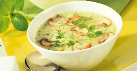 Kräuter-Käse-Suppe mit Champignons