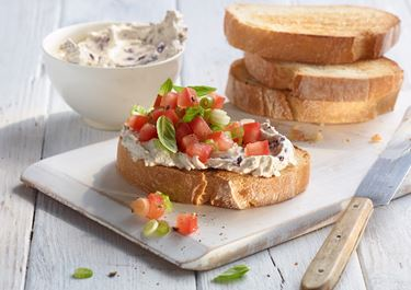 Crostini mit Tomatentatar