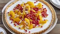 Arla® Skyr Vanille Tarte mit Orangensalat