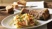 Stegte torskehaler og grøntsagslasagne