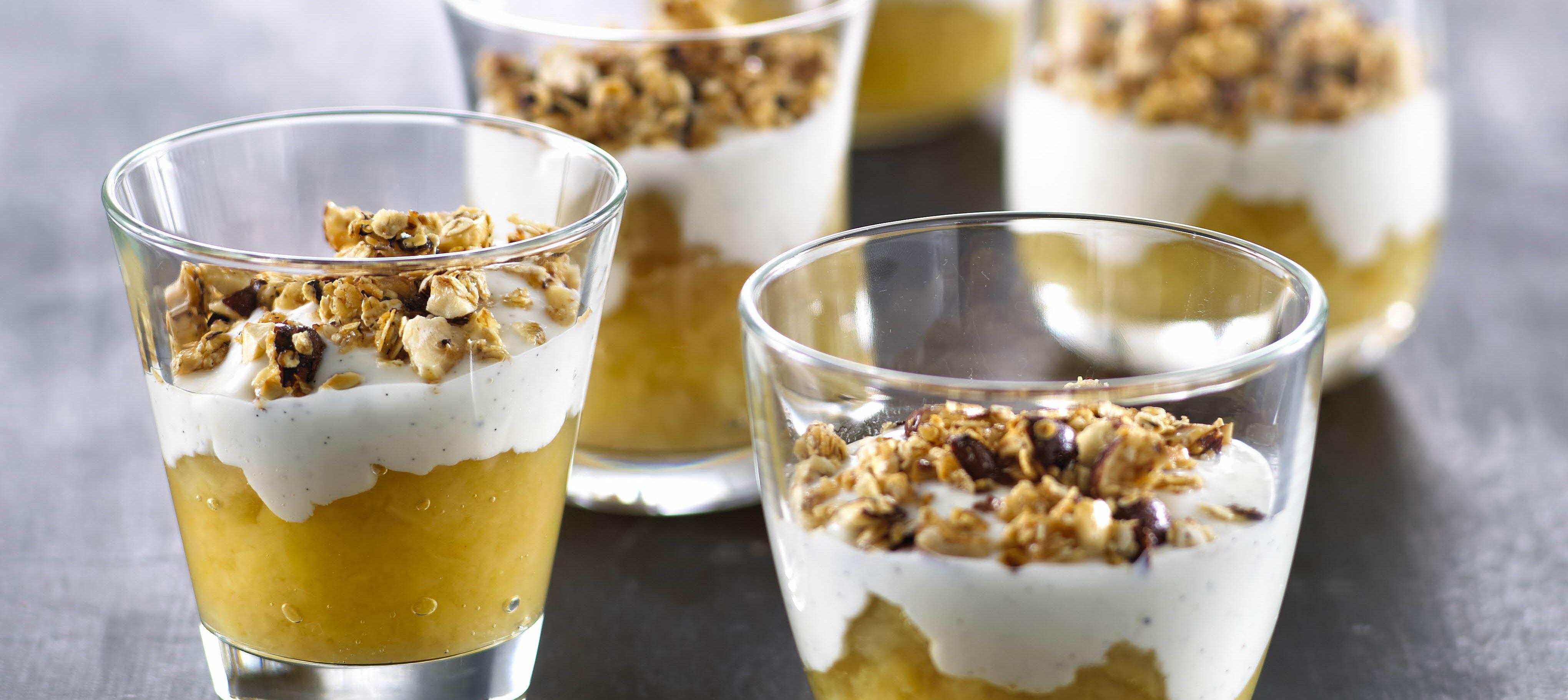 Æbletrifli med ingefær, vaniljecreme og sprød topping