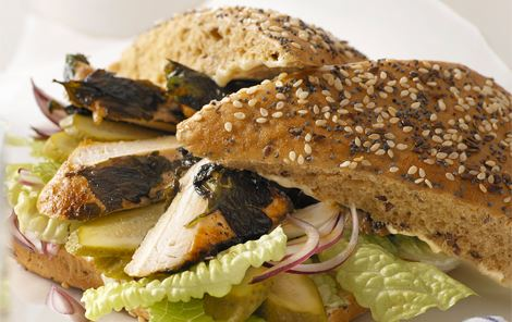 Sandwich med kylling i grønt