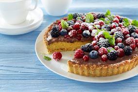 Cremet chokoladetærte med friske bær
