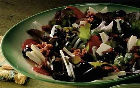 Peberfrugtsalat med tomatdressing