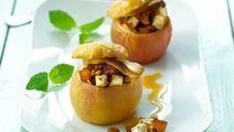 Bagte æbler med karamelcreme