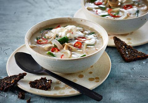 Svampesuppe med chiliskum