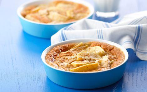 Æblekage med hytteost