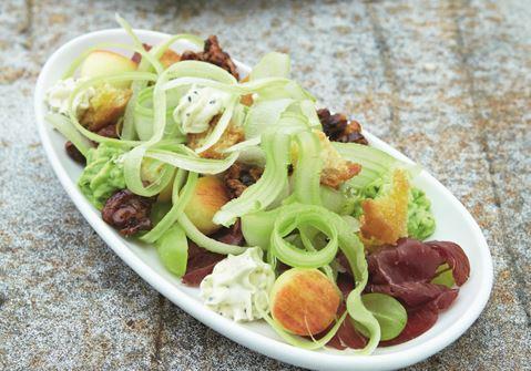 Moderne waldorfsalat