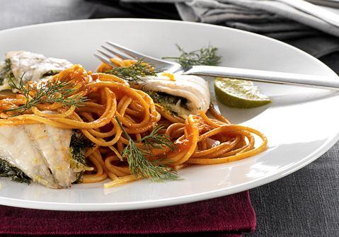 Pasta med limekrydret fisk