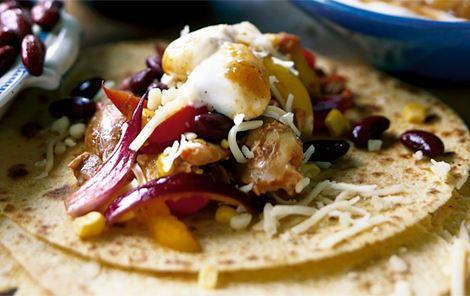 Tortillas med kylling og salsa