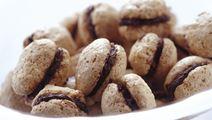 Nøddemarengs med chokoladesmørcreme