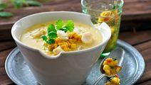 Suppe med krydret banansalsa