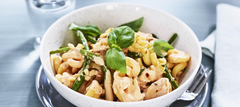 Pasta med kylling og grønne bønner