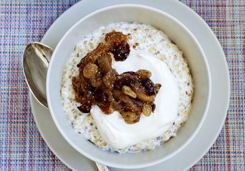 Hvedegrød og figenkompot