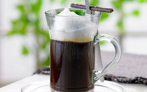 Kaffe med varme krydderier