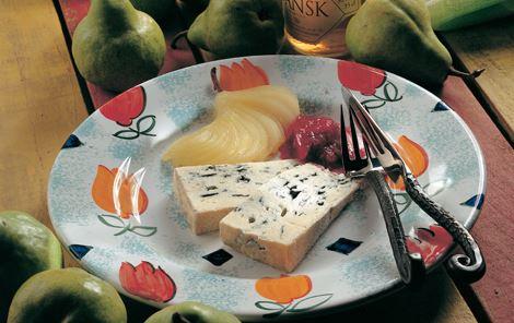 Ost med pærer og blommekompot