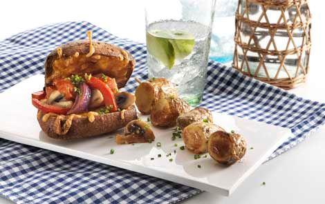 Lun tomatsandwich med kartoffelspyd