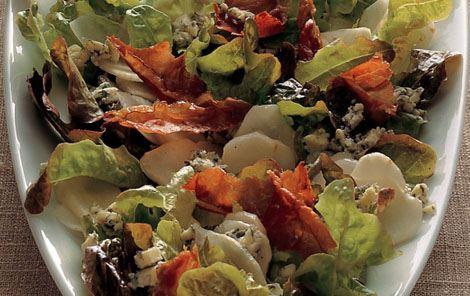 Salat med jordskokker og blåskimmelost