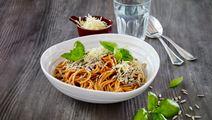Spaghetti med grøntsagssauce