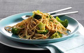 Spaghetti med broccoli og chili