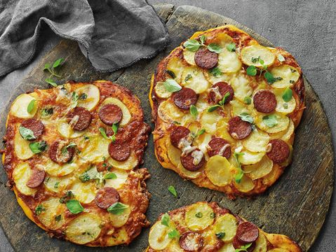 Sprøde kartoffelpizzaer
