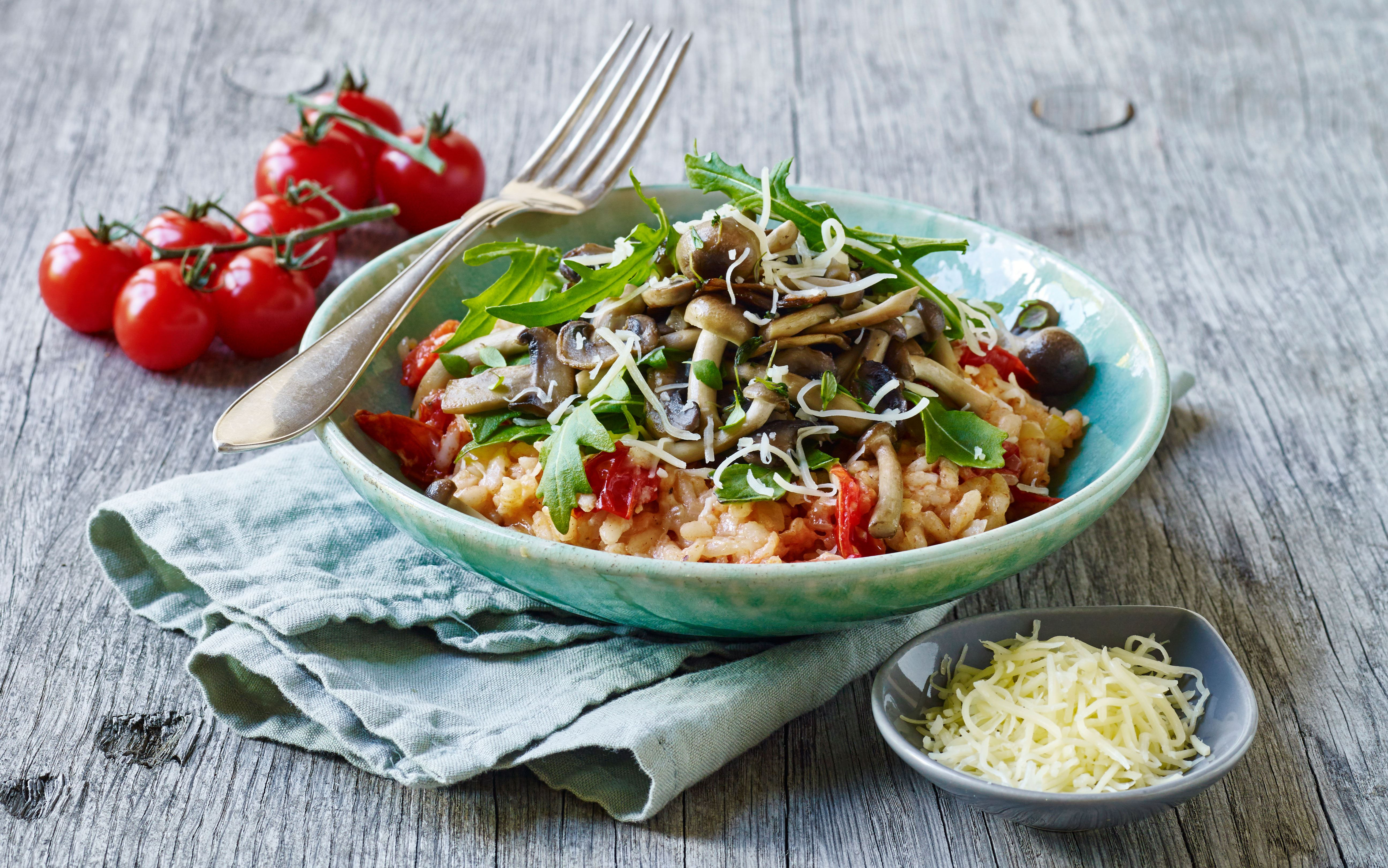 Tomatrisotto med svampetopping
