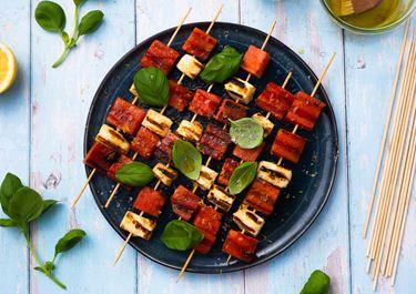 Grillspyd med vandmelon og ost