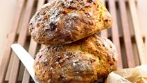 Langtidshævet brød med ost
