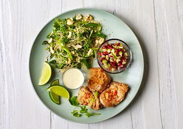 Thaimarinerede mørbradbøffer med 2 salater og lun ingefærfløde