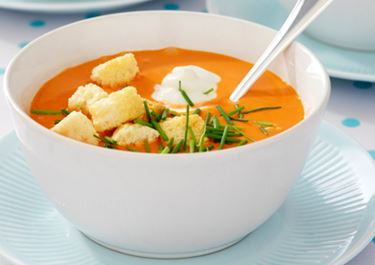 Hurtig gazpacho med croutoner