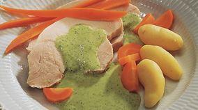 Sprængt kalkunbryst med grøn sauce