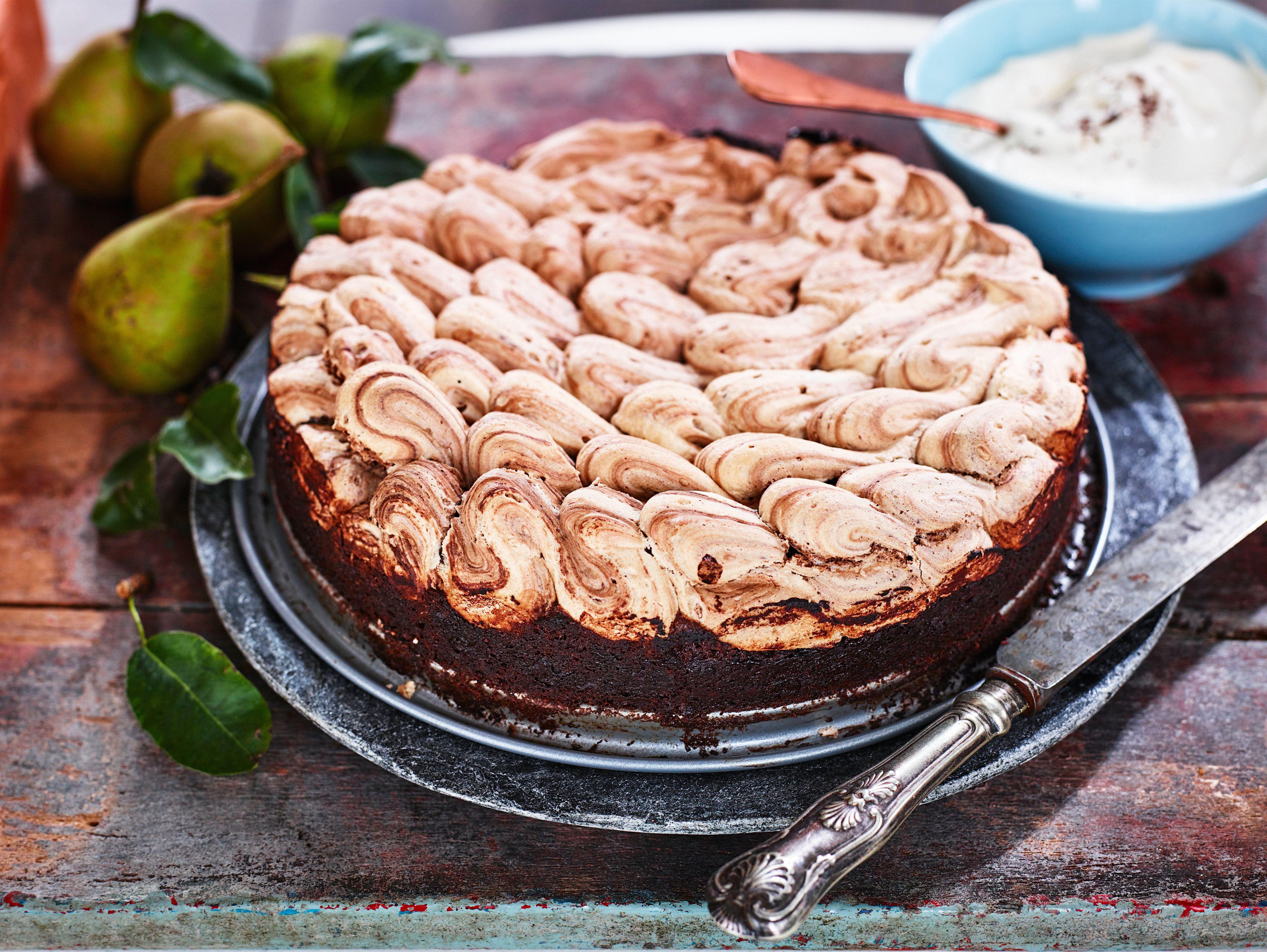 Chokoladekage med chokolademarengs