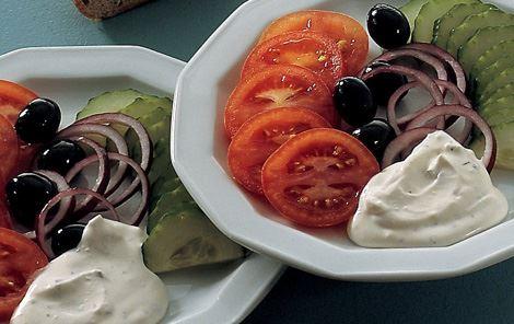 Salat med krusemyntedressing