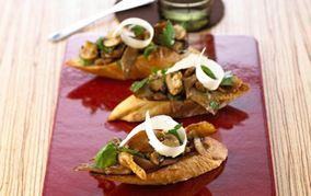 Crostini med svampe
