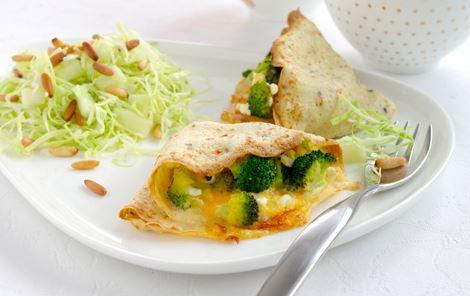 Havregrynspandekager med broccoli og hytteost