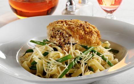 Nøddestegt kylling med pasta