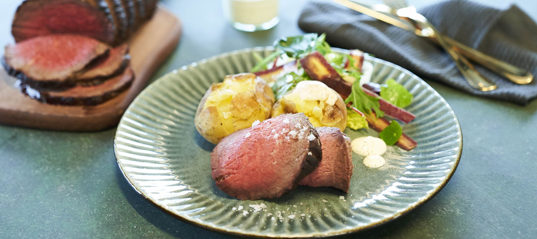 Roastbeef med bagte kartofler