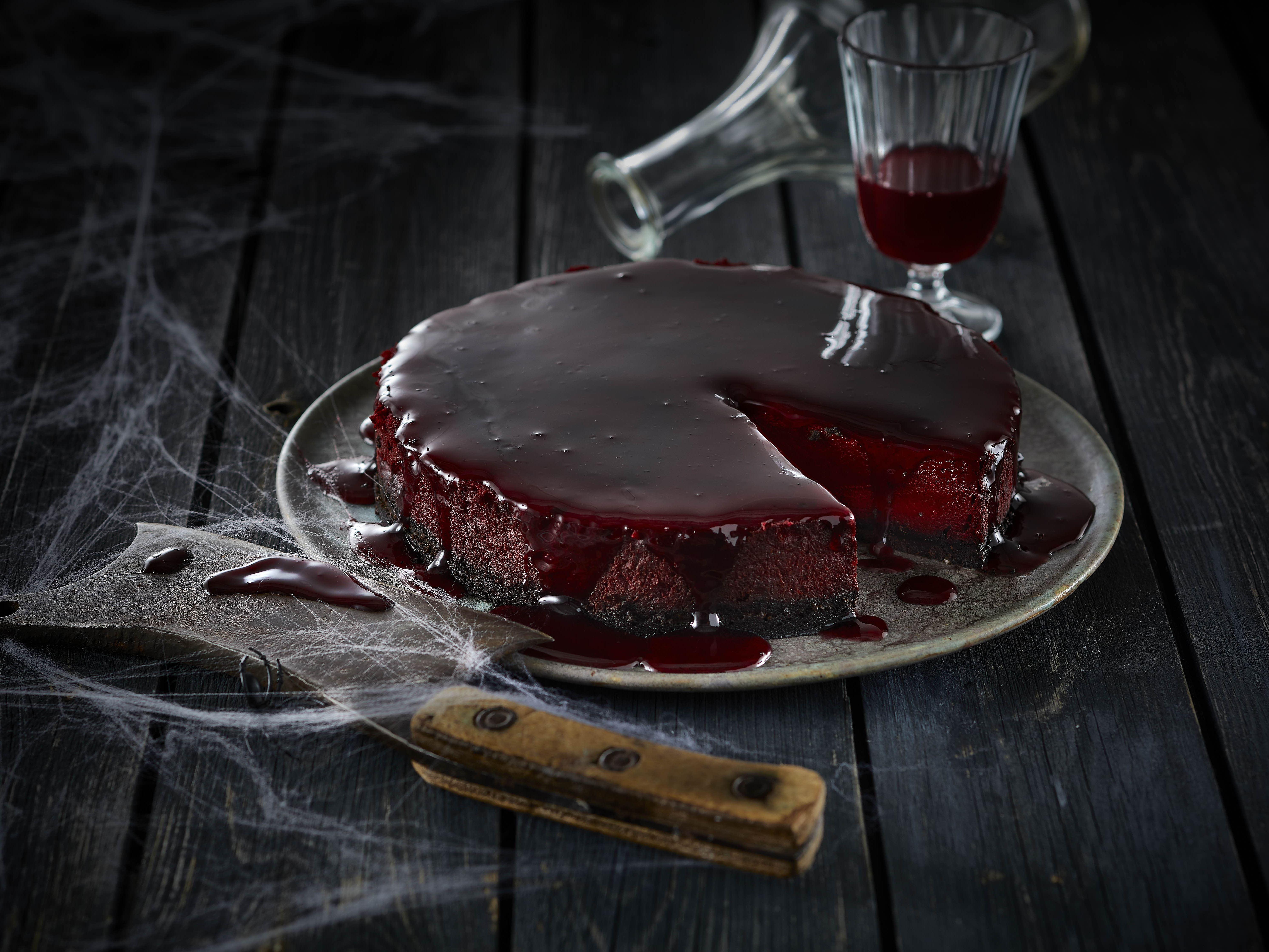 Halloween kage - mørk og blodig chokoladecheesecake