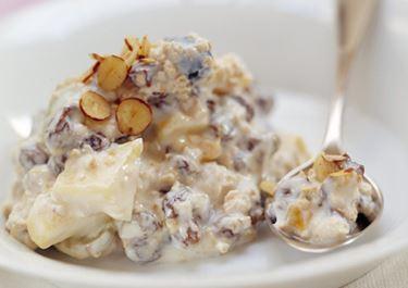 Schweizisk mysli vendt med yoghurt