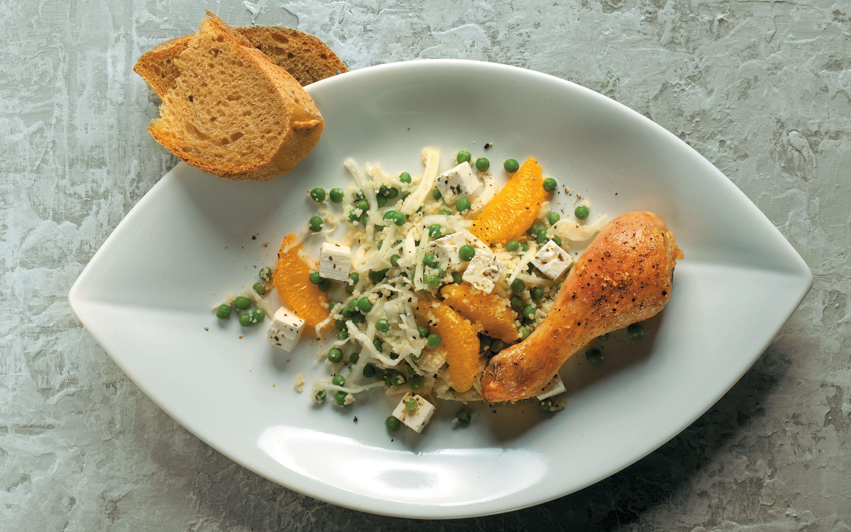 Couscoussalat med ost og appelsin