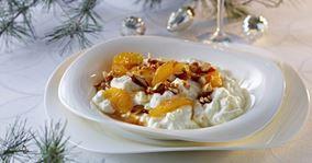 Risalamande med mandelkrokant og marinerede appelsiner