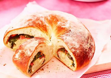 Madbrød med skinke, spinat og ost
