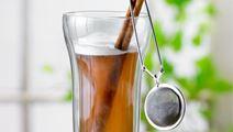 Krydret te med mælk