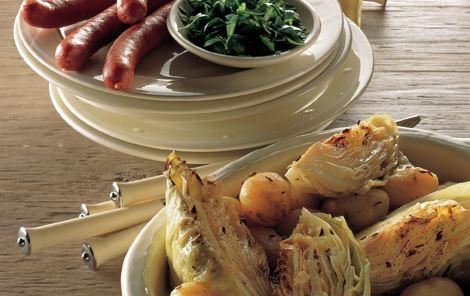 Ovndampet spidskål med nye kartofler