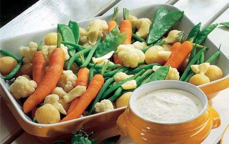 Grøntsager med kold kvarksauce